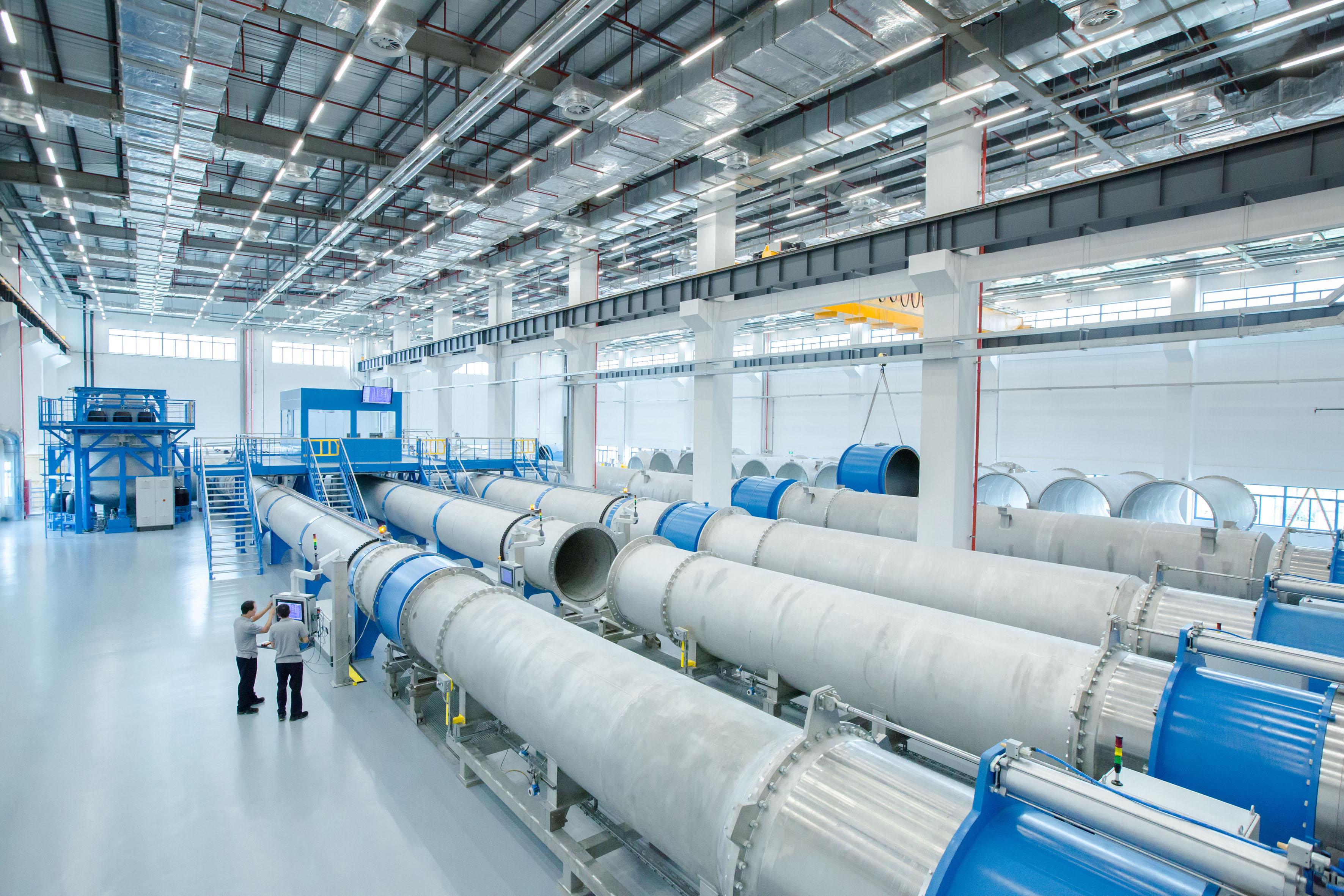 Endress+Hauser kalibriert weltweit Durchflussmessgeräte nach den gleichen Standards. Die neue Anlage im chinesischen Suzhou ist für sehr große Instrumente mit bis zu 3.000 Millimeter Durchmesser ausgelegt.