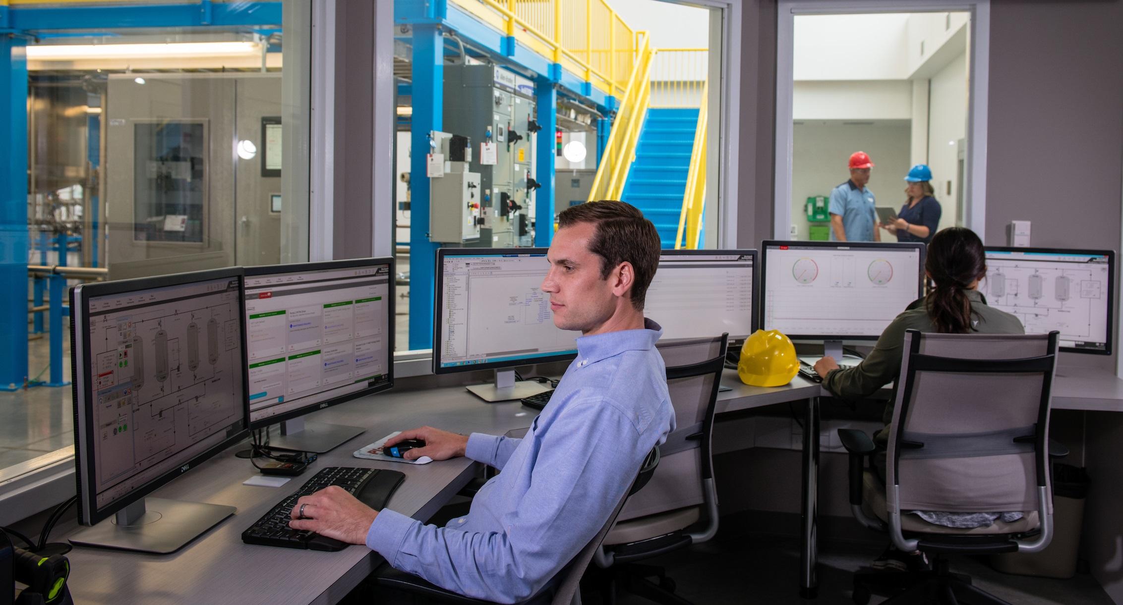 Neue Version des Prozessleitsystems PlantPAx von Rockwell Automation liefert die Grundlage für optimierte Zusammenarbeit aufgrund intelligenter und intuitiver Bedienung