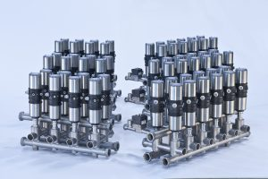 Kompakte, modular aufgebaute Ventilknoten mit allen erforderlichen Konformitätsbescheinigungen. Bild: Bürkert