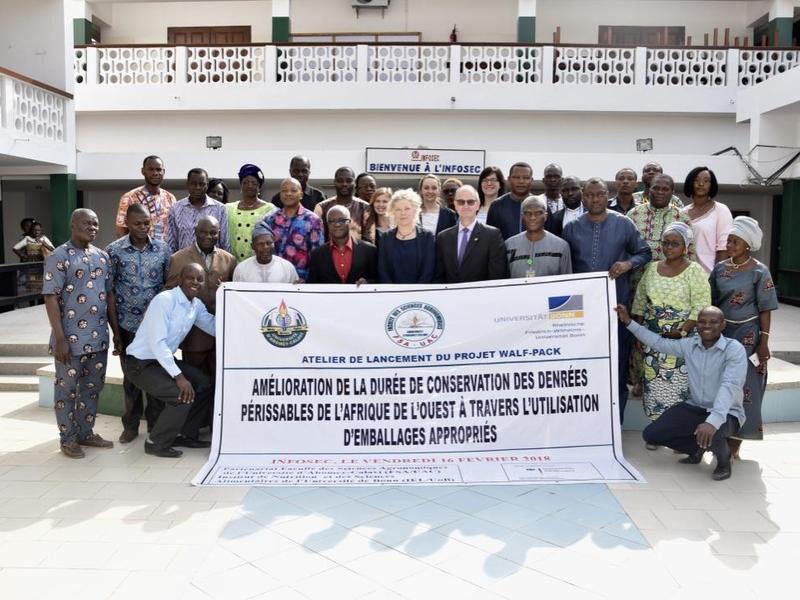 Nachhaltige Lebensmittelverpackungen für Westafrika