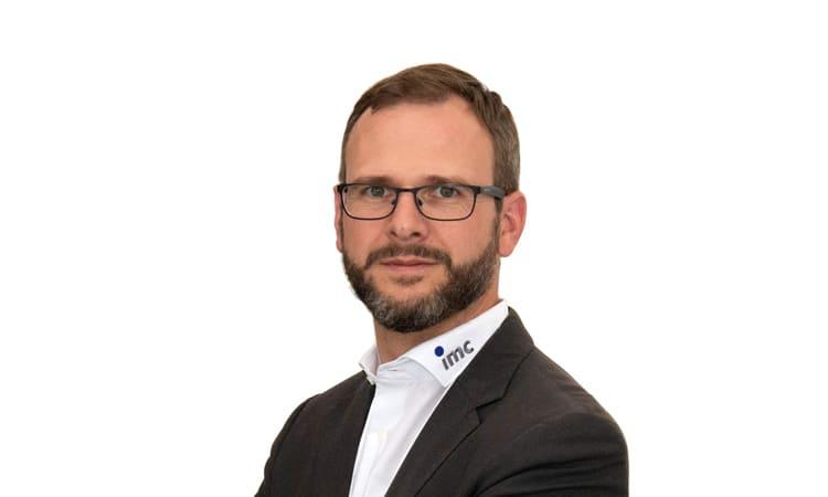 Nils Becker